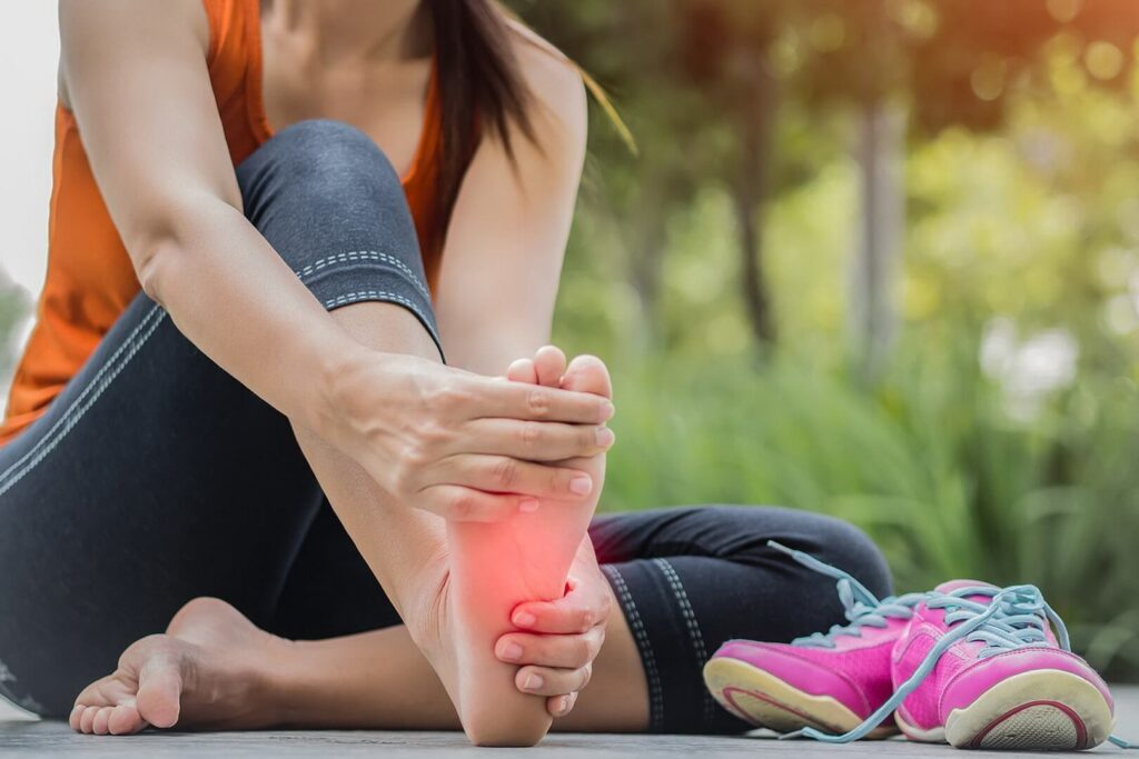 Foot and Ankle Pain: Causes, Symptoms, Treatment & Exercises